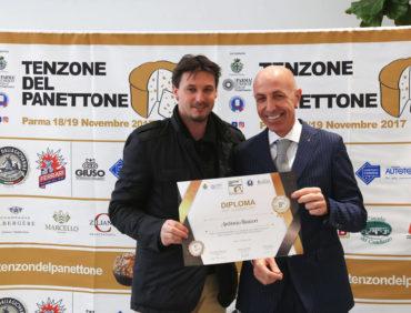 """Premiazione dell'evento """"Tenzone del Panettone"""""""